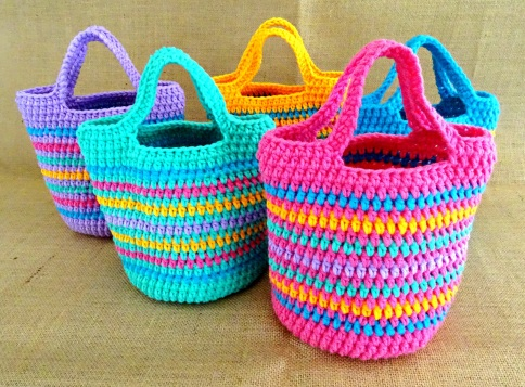 Crochet Girls Striped Tote Bag Main Photo
